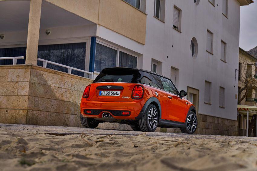 DRIVEN: 2018 MINI 3 Door Cooper S facelift in Spain Image #837885