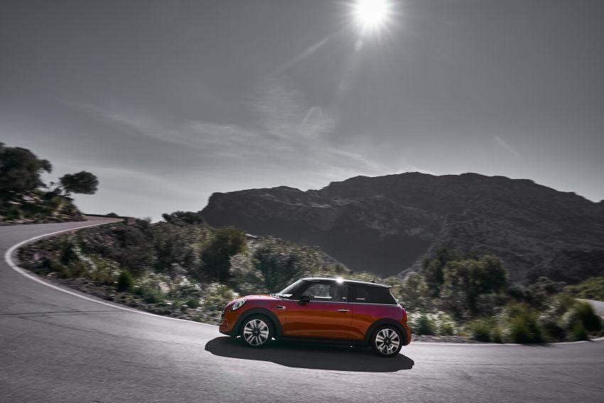 DRIVEN: 2018 MINI 3 Door Cooper S facelift in Spain Image #837859