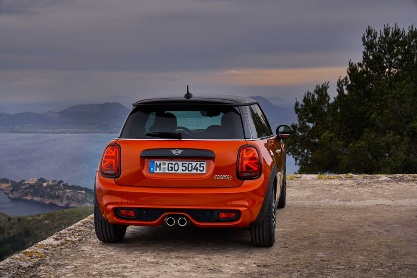 DRIVEN: 2018 MINI 3 Door Cooper S facelift in Spain Image #837888