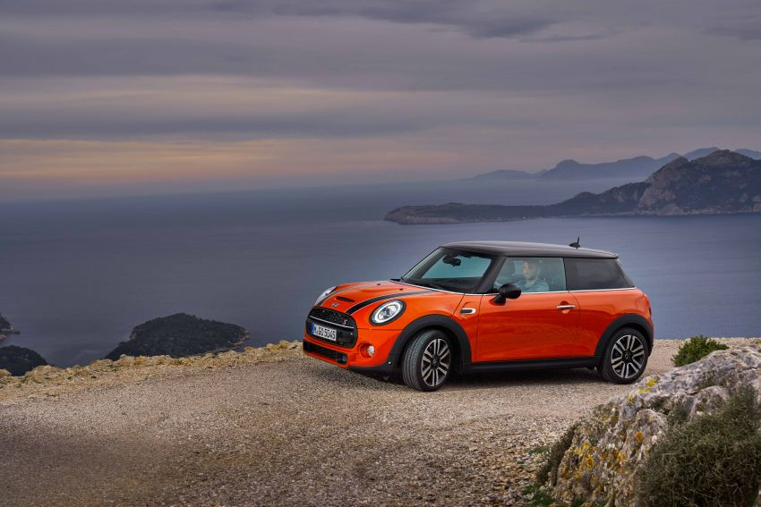 DRIVEN: 2018 MINI 3 Door Cooper S facelift in Spain Image #837895