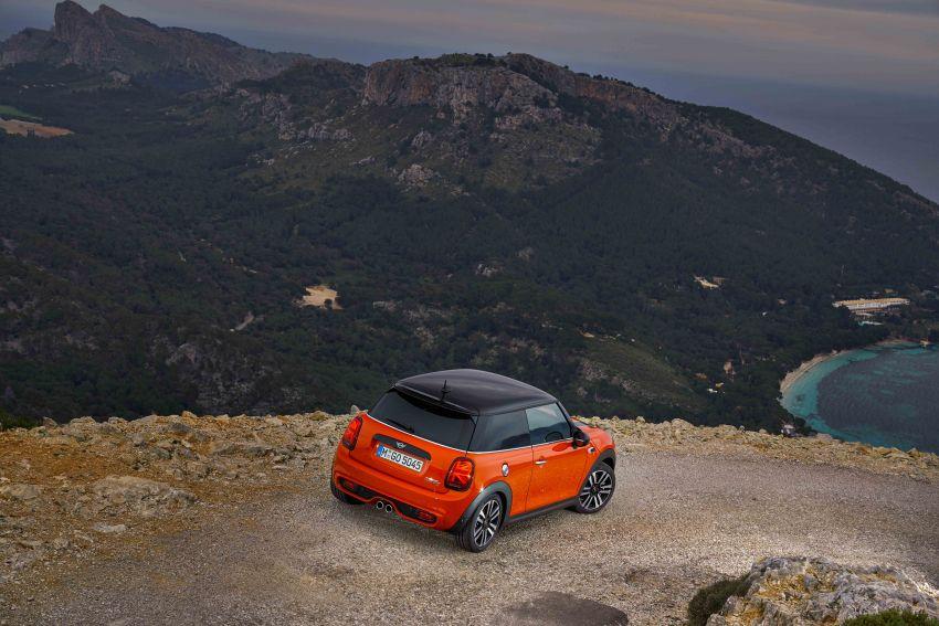 DRIVEN: 2018 MINI 3 Door Cooper S facelift in Spain Image #837897