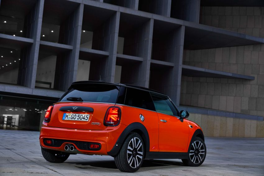 DRIVEN: 2018 MINI 3 Door Cooper S facelift in Spain Image #837900