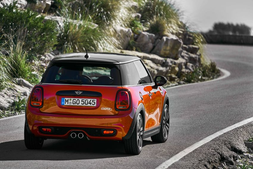 DRIVEN: 2018 MINI 3 Door Cooper S facelift in Spain Image #837861