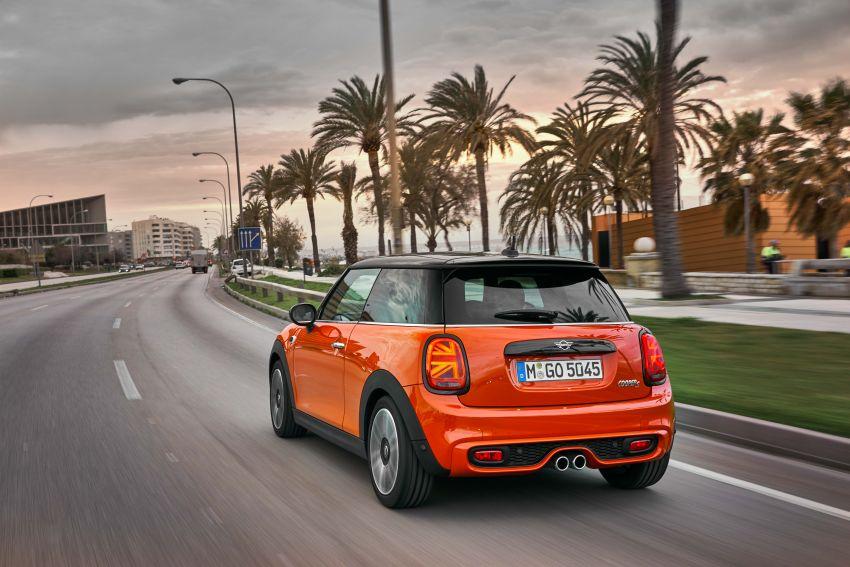 DRIVEN: 2018 MINI 3 Door Cooper S facelift in Spain Image #837912
