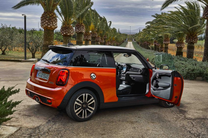 DRIVEN: 2018 MINI 3 Door Cooper S facelift in Spain Image #837916