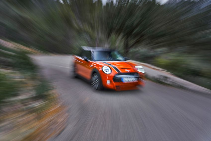 DRIVEN: 2018 MINI 3 Door Cooper S facelift in Spain Image #837923