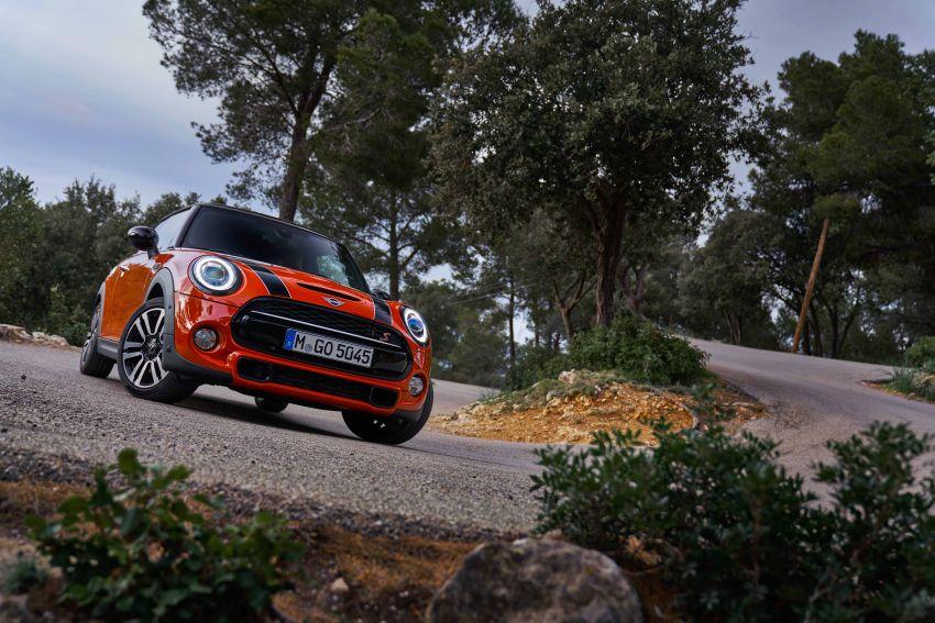 DRIVEN: 2018 MINI 3 Door Cooper S facelift in Spain Image #837935