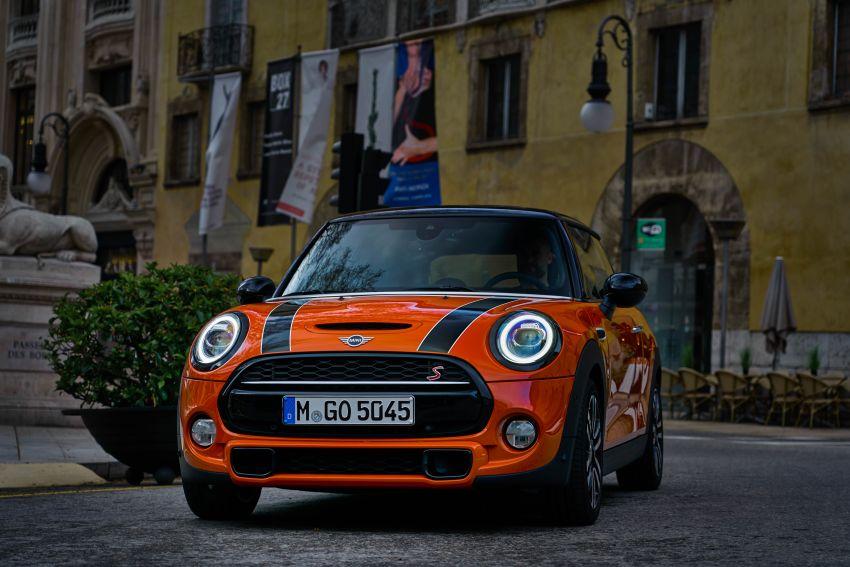 DRIVEN: 2018 MINI 3 Door Cooper S facelift in Spain Image #837946