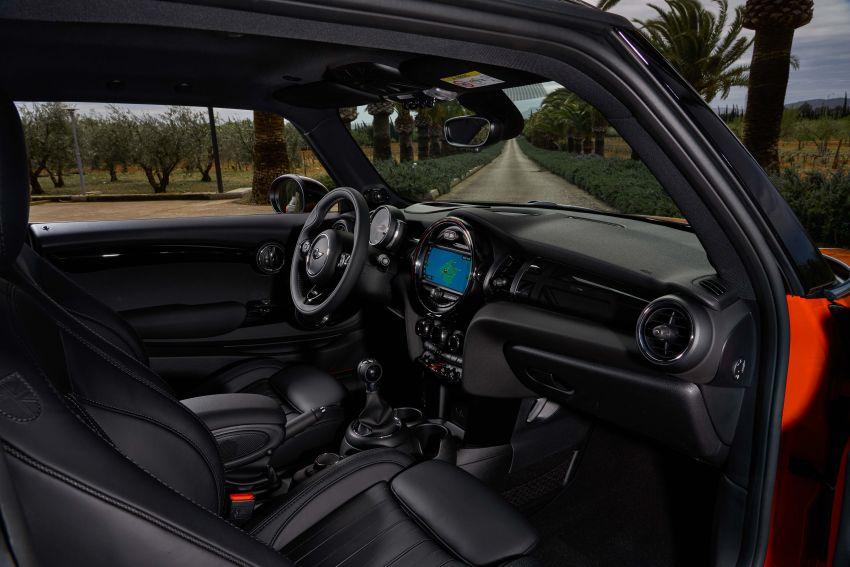 DRIVEN: 2018 MINI 3 Door Cooper S facelift in Spain Image #837952
