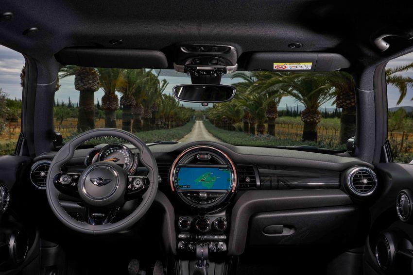 DRIVEN: 2018 MINI 3 Door Cooper S facelift in Spain Image #837953