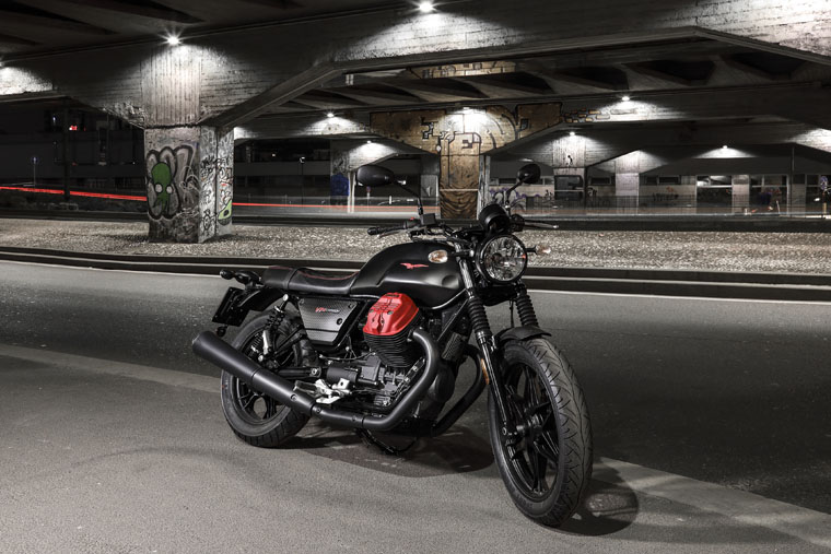 2018 Moto Guzzi V7 III Carbon soon in Malaysia Image #838322