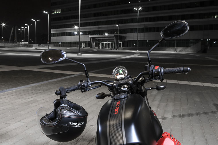 2018 Moto Guzzi V7 III Carbon soon in Malaysia Image #838324