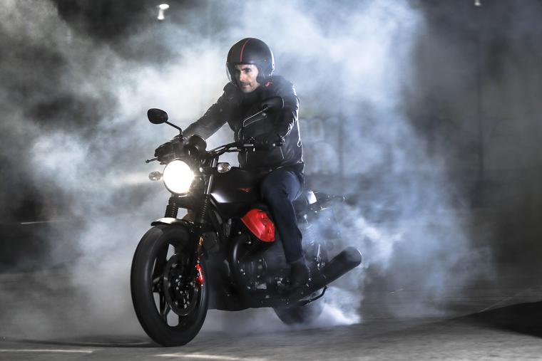 2018 Moto Guzzi V7 III Carbon soon in Malaysia Image #838325