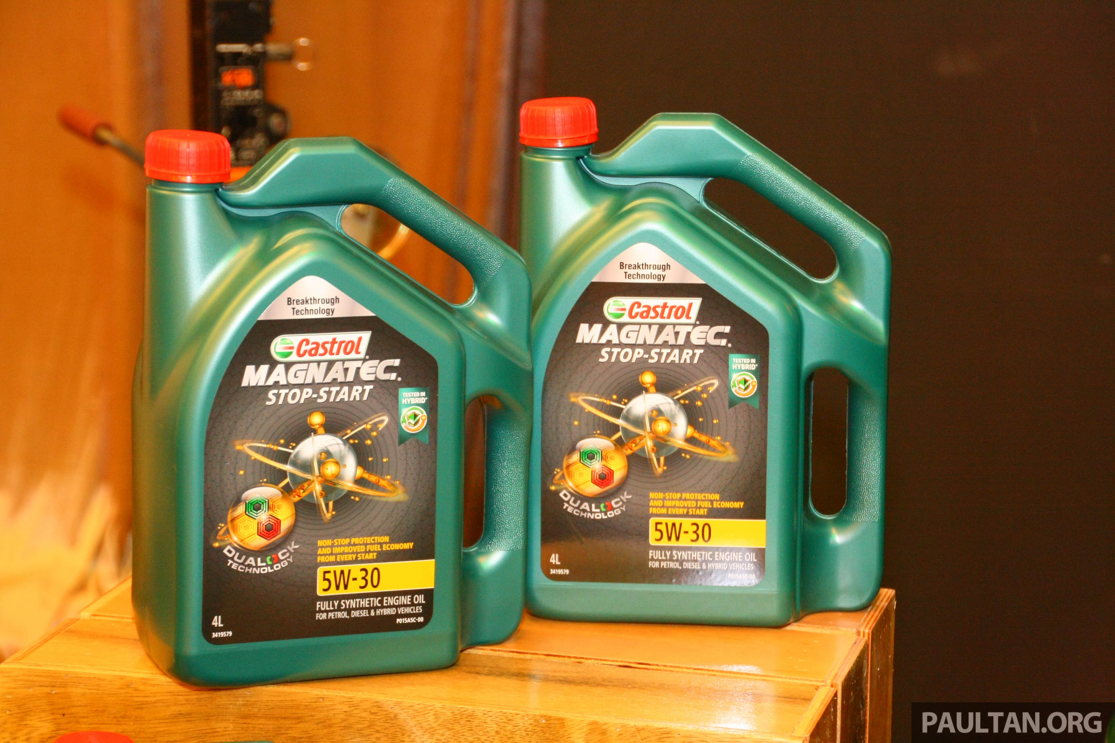 Castrol Launches Magnatec Lubricant With Dualock Technology Stop Start 5w 30 Developed For Traffic Image