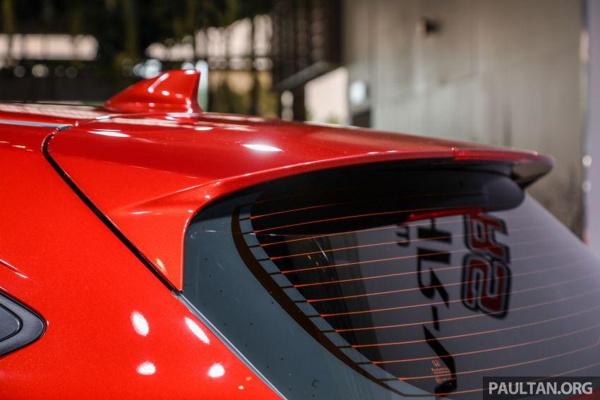 Honda HR-V facelift 2018 mula dibuka tempahan di Malaysia – varian RS, roda 18-inci, kit dan ciri baharu Image #838151