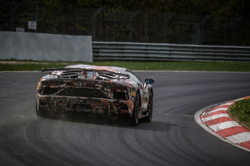 Lamborghini Aventador SVJ sets new Nürburgring record – 6 minutes 44.97 seconds beats the GT2 RS Image #843750
