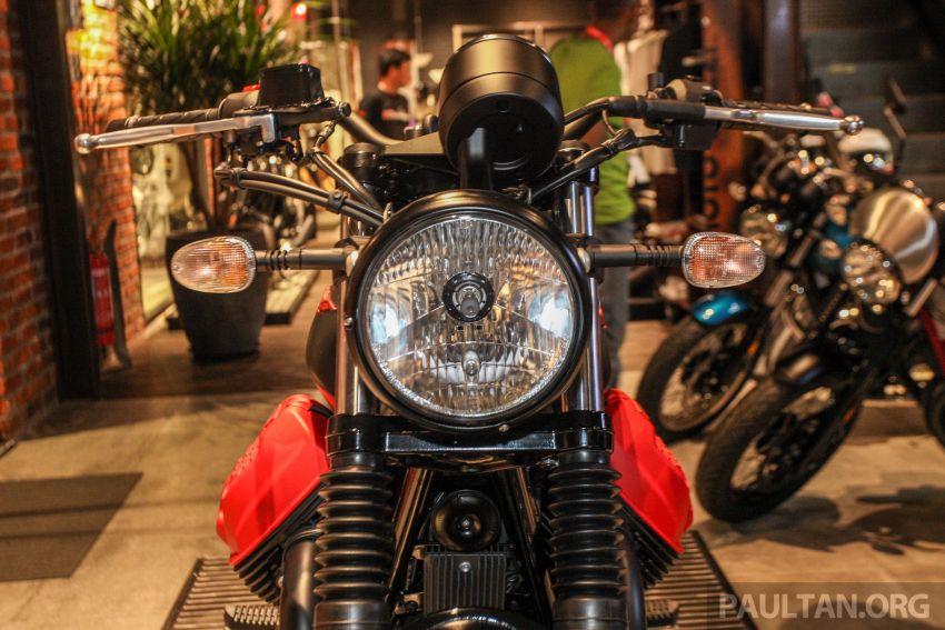 Moto Guzzi V7 III Carbon tiba di Malaysia – RM74,900 Image #838996