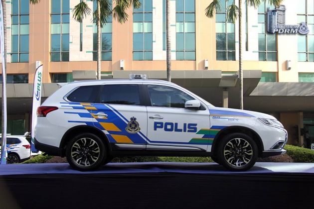 Mitsubishi Outlander 2 4 New Police Highway Eagles