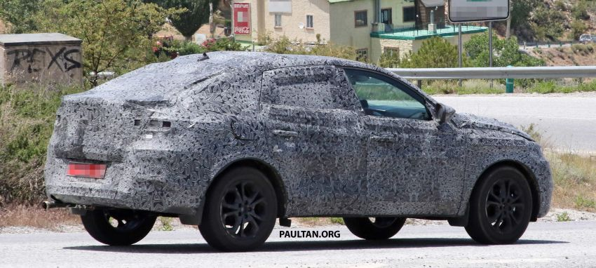 SPIED: Renault Captur coupe prior to Russia debut Image #835299