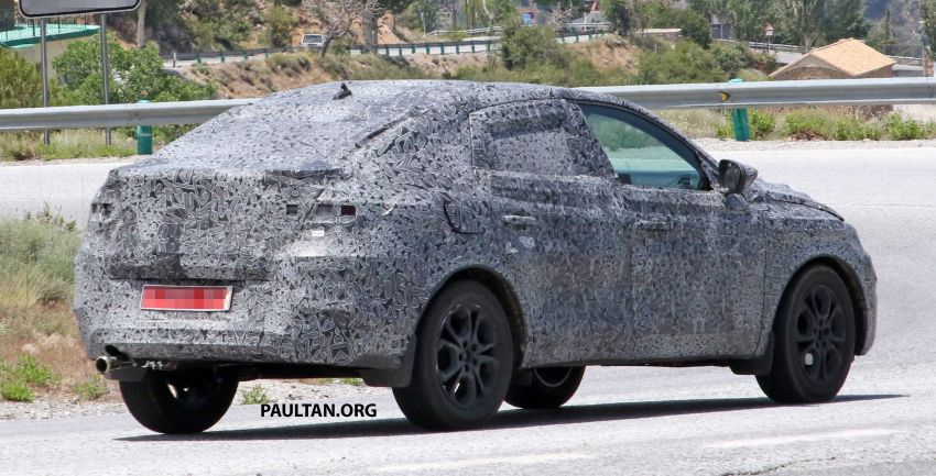 SPIED: Renault Captur coupe prior to Russia debut Image #835300