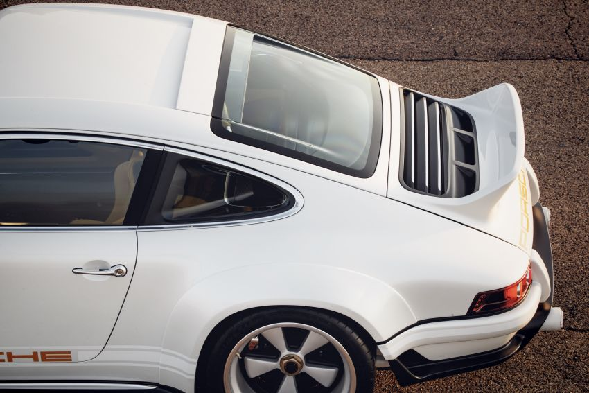 Porsche 911 Singer Vehicle Design DLS – 4.0L, 500 hp Image #839020