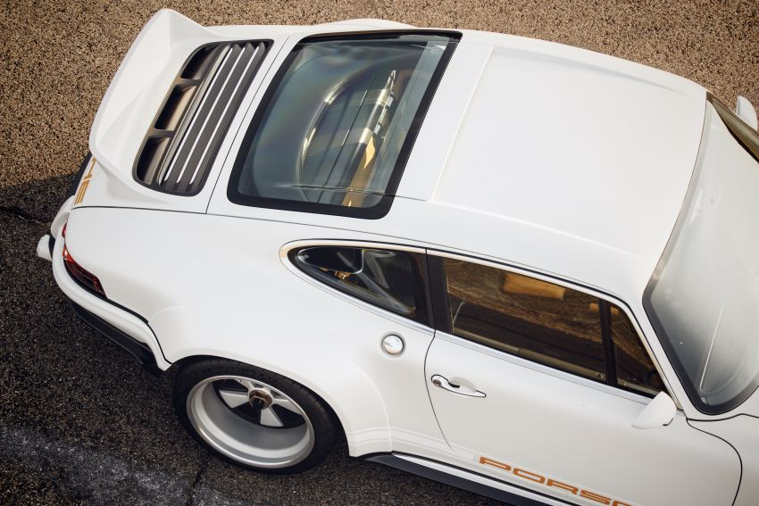 Porsche 911 Singer Vehicle Design DLS – 4.0L, 500 hp Image #839022
