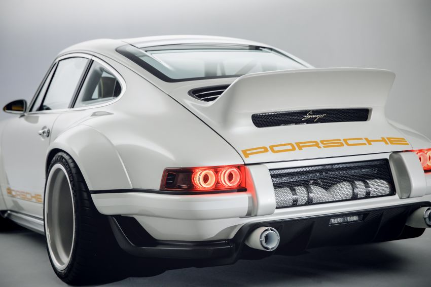 Porsche 911 Singer Vehicle Design DLS – 4.0L, 500 hp Image #839067