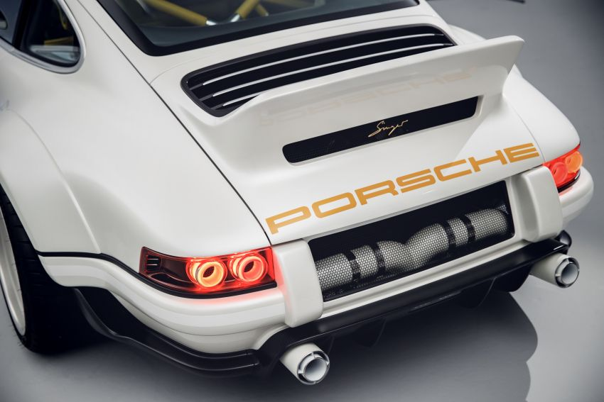 Porsche 911 Singer Vehicle Design DLS – 4.0L, 500 hp Image #839069