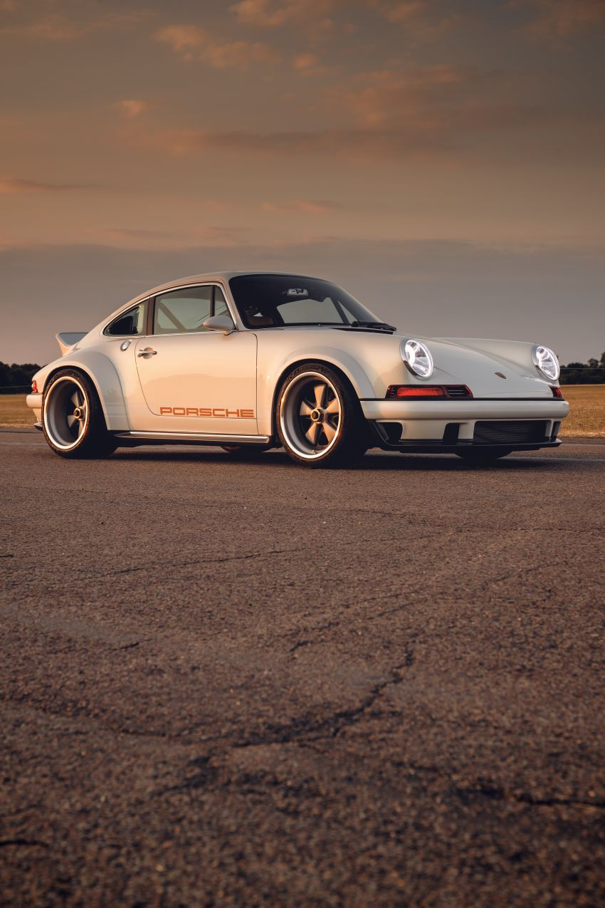 Porsche 911 Singer Vehicle Design DLS – 4.0L, 500 hp Image #839026