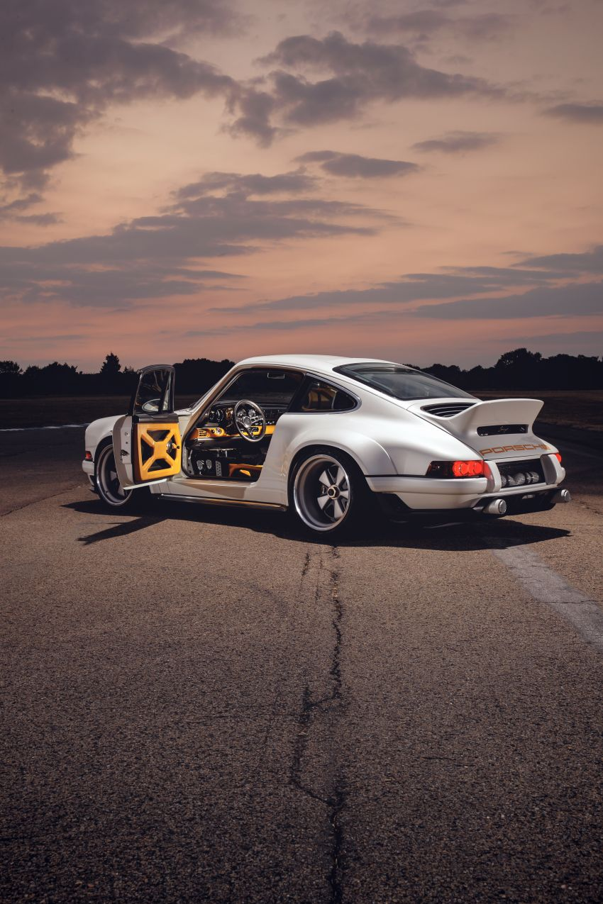 Porsche 911 Singer Vehicle Design DLS – 4.0L, 500 hp Image #839032