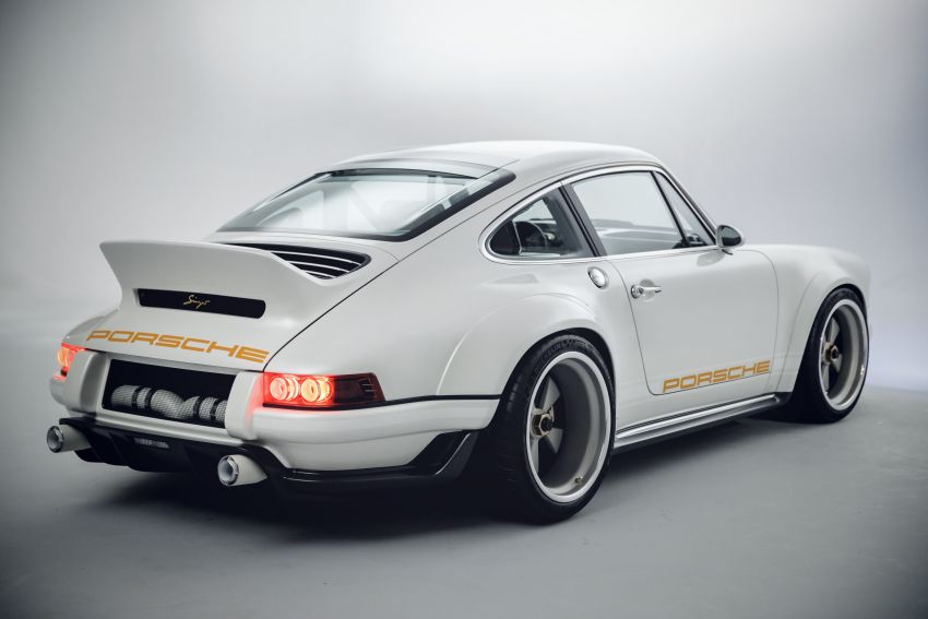 Porsche 911 Singer Vehicle Design DLS – 4.0L, 500 hp Image #839139