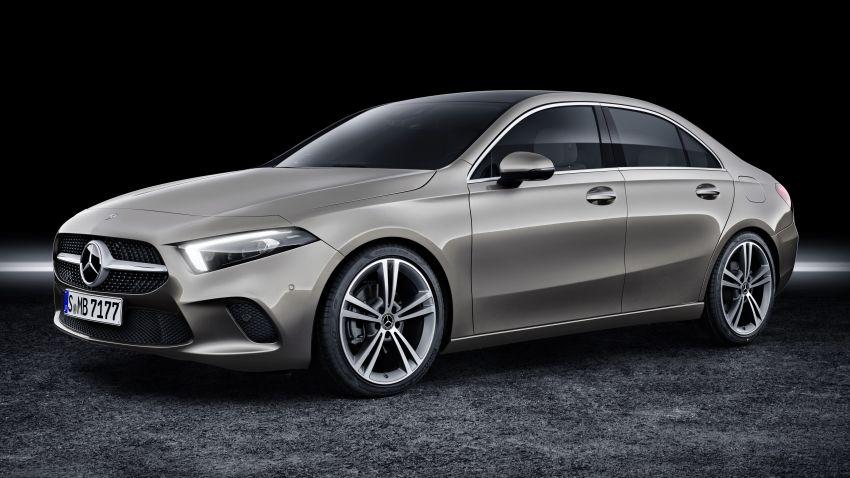 V177 Mercedes-Benz A-Class Sedan finally unveiled Image #842882