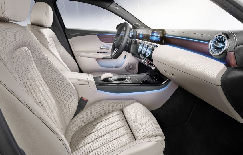 V177 Mercedes-Benz A-Class Sedan finally unveiled Image #842988