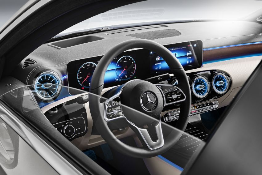 V177 Mercedes-Benz A-Class Sedan finally unveiled Image #843003