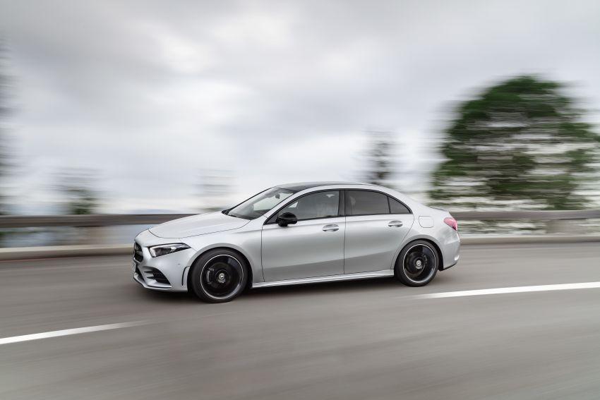V177 Mercedes-Benz A-Class Sedan finally unveiled Image #842901