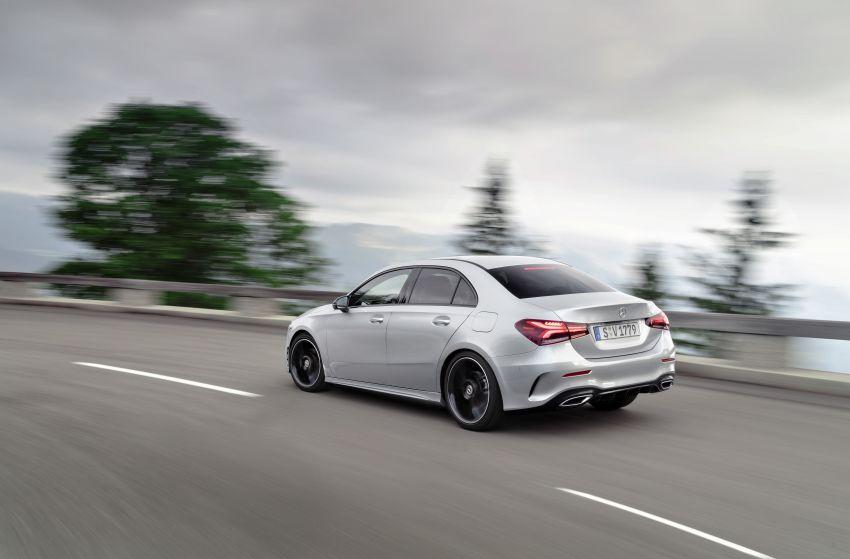 V177 Mercedes-Benz A-Class Sedan finally unveiled Image #842902