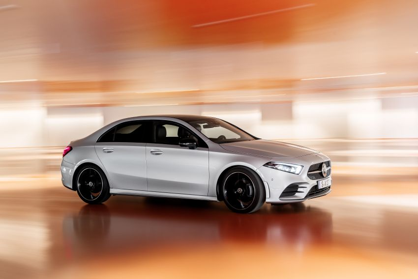 V177 Mercedes-Benz A-Class Sedan finally unveiled Image #842908