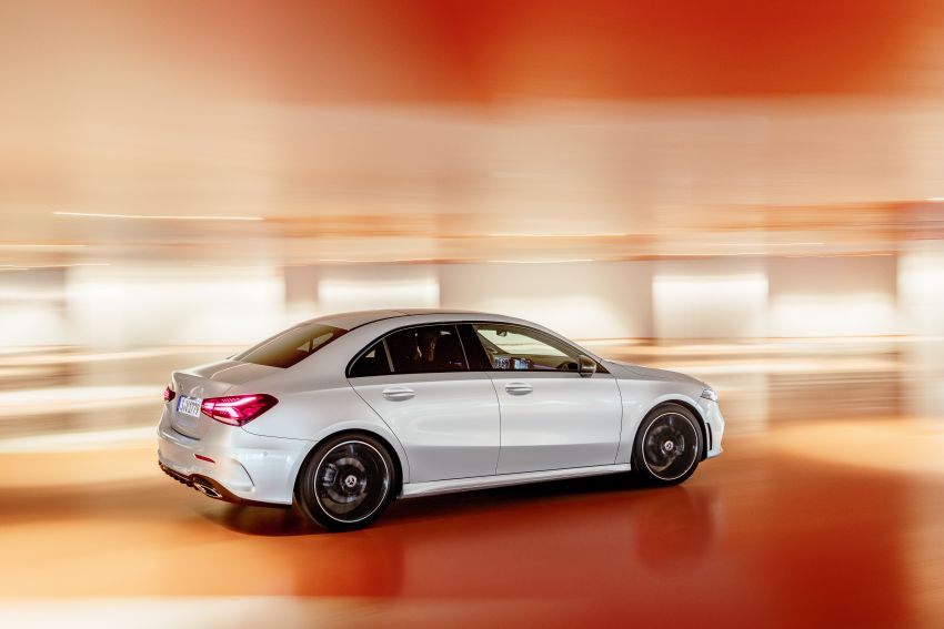 V177 Mercedes-Benz A-Class Sedan finally unveiled Image #842913