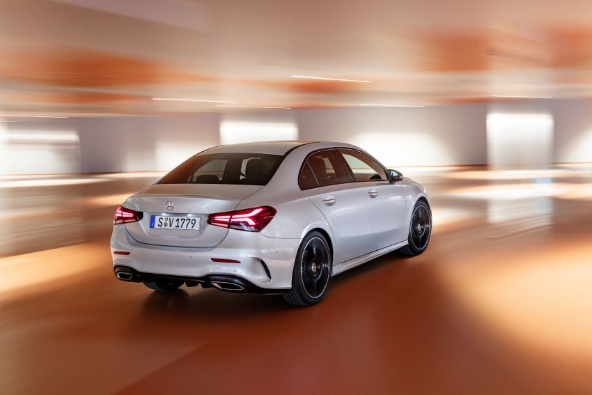 V177 Mercedes-Benz A-Class Sedan finally unveiled Image #842914