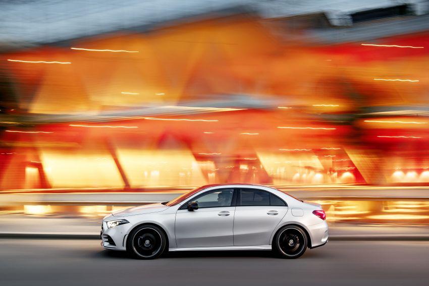 V177 Mercedes-Benz A-Class Sedan finally unveiled Image #842917