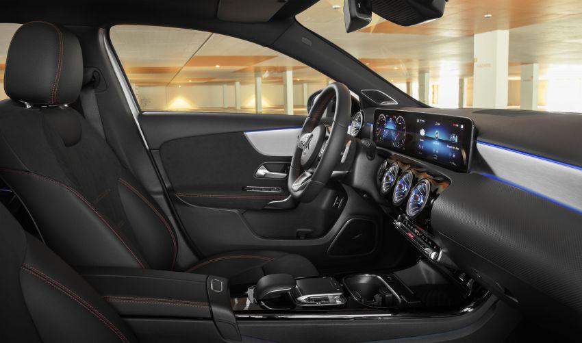 V177 Mercedes-Benz A-Class Sedan finally unveiled Image #842921