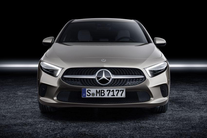 V177 Mercedes-Benz A-Class Sedan finally unveiled Image #842888