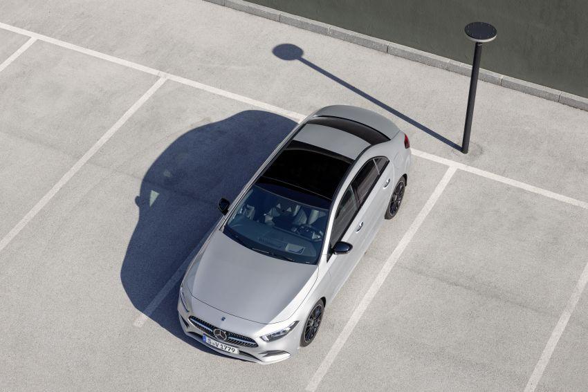 V177 Mercedes-Benz A-Class Sedan finally unveiled Image #842942