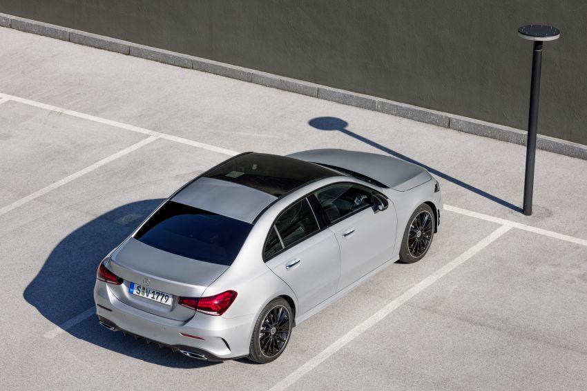 V177 Mercedes-Benz A-Class Sedan finally unveiled Image #842944