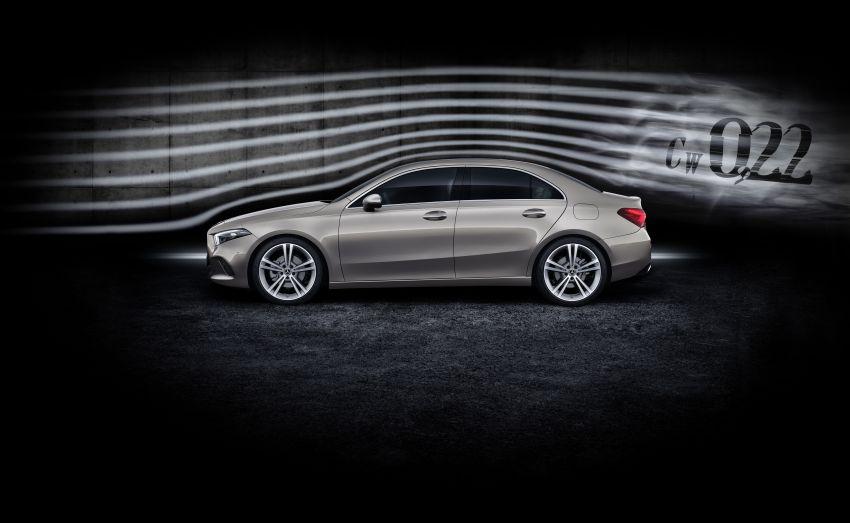V177 Mercedes-Benz A-Class Sedan finally unveiled Image #843015