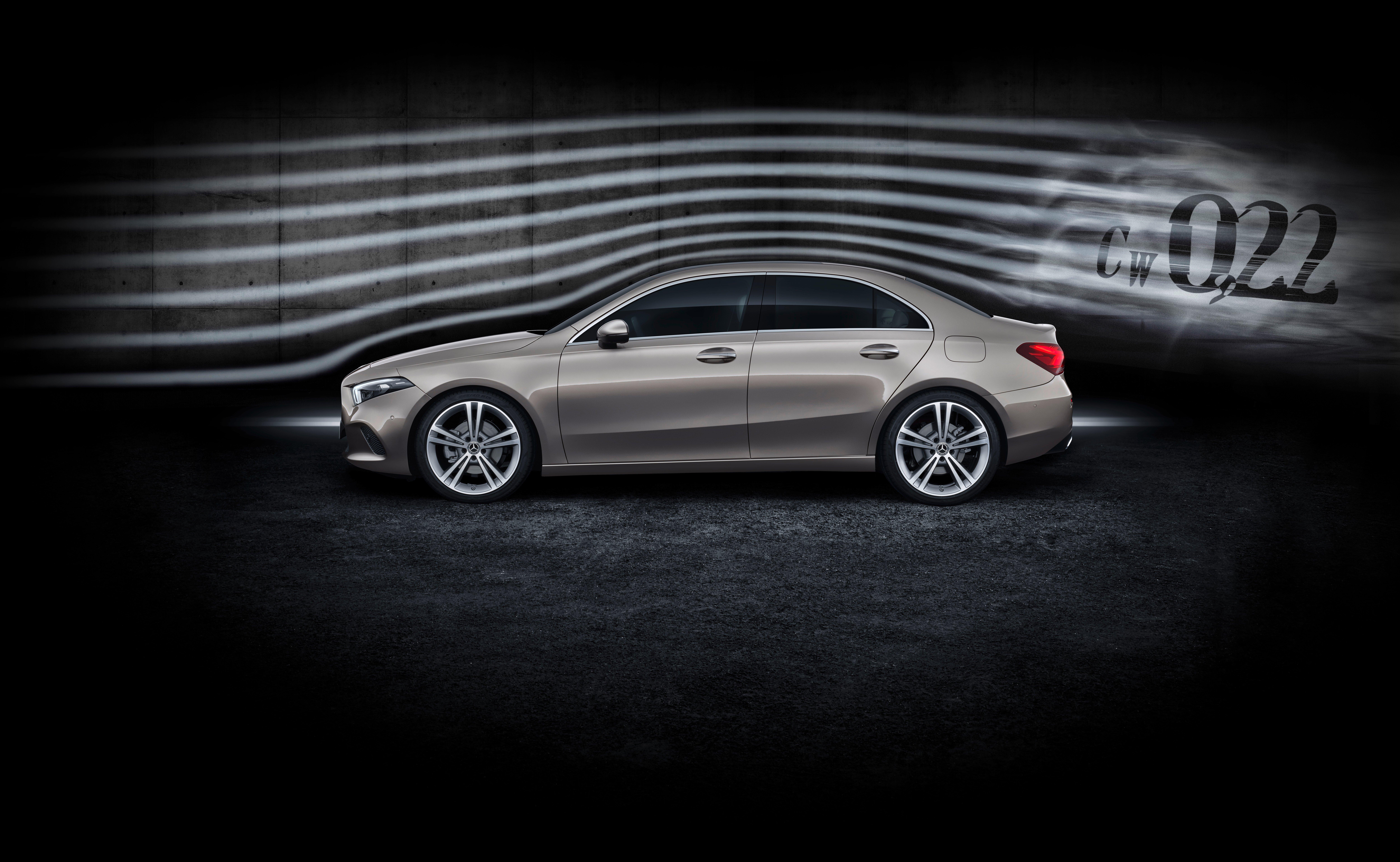 V177 Mercedes-Benz A-Class Sedan finally unveiled Image #842950