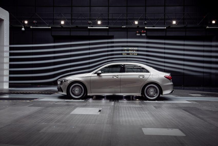V177 Mercedes-Benz A-Class Sedan finally unveiled Image #842953