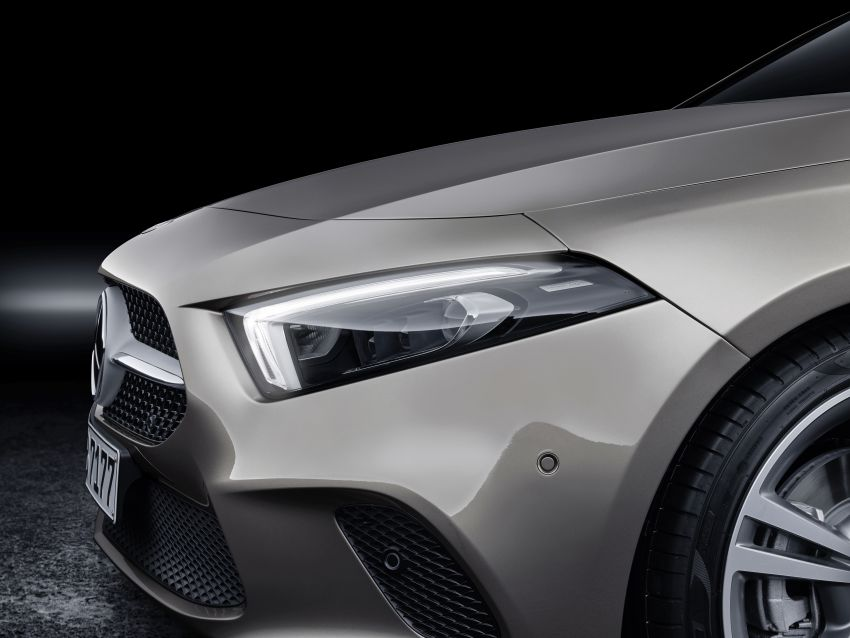 V177 Mercedes-Benz A-Class Sedan finally unveiled Image #842974