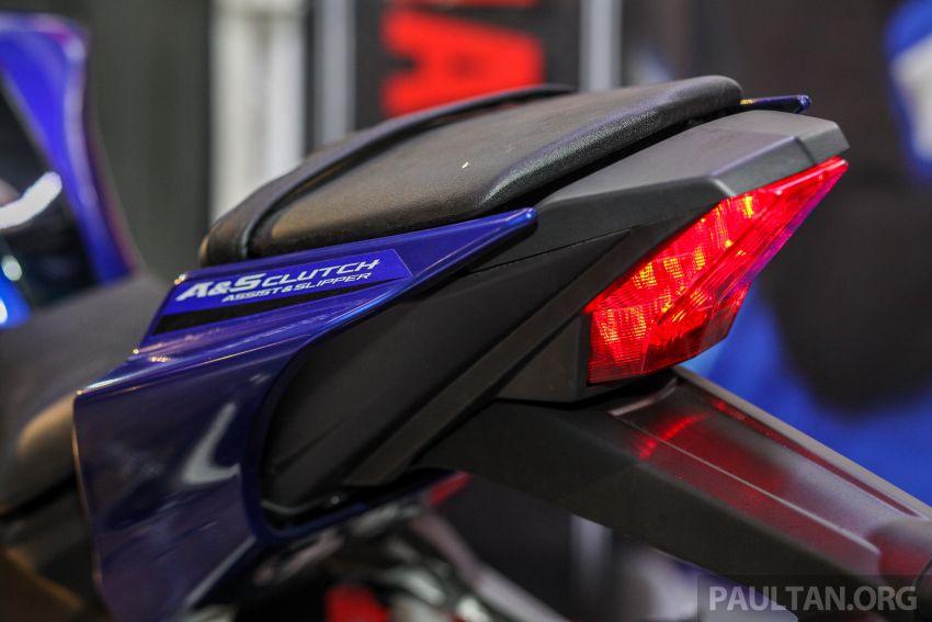 Yamaha YZF-R15 dilancarkan di Malaysia – RM11,988 Image #844386
