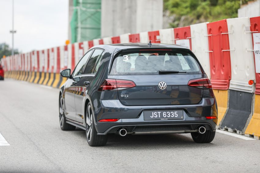 DRIVEN: Volkswagen Golf Mk7.5 – meeting all needs Image #852165